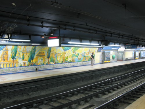 Buenos Aires Subway - painted tile walls