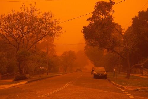 Sydney @ 7am - dust storm!
