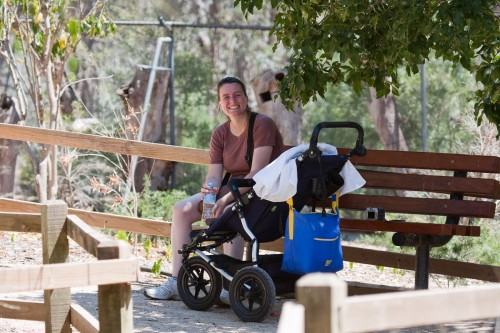 Leanne and Andres take a break in the walk-through aviary at the Wagga Wagga botanic gardens